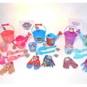 Kids Gloves and Gear